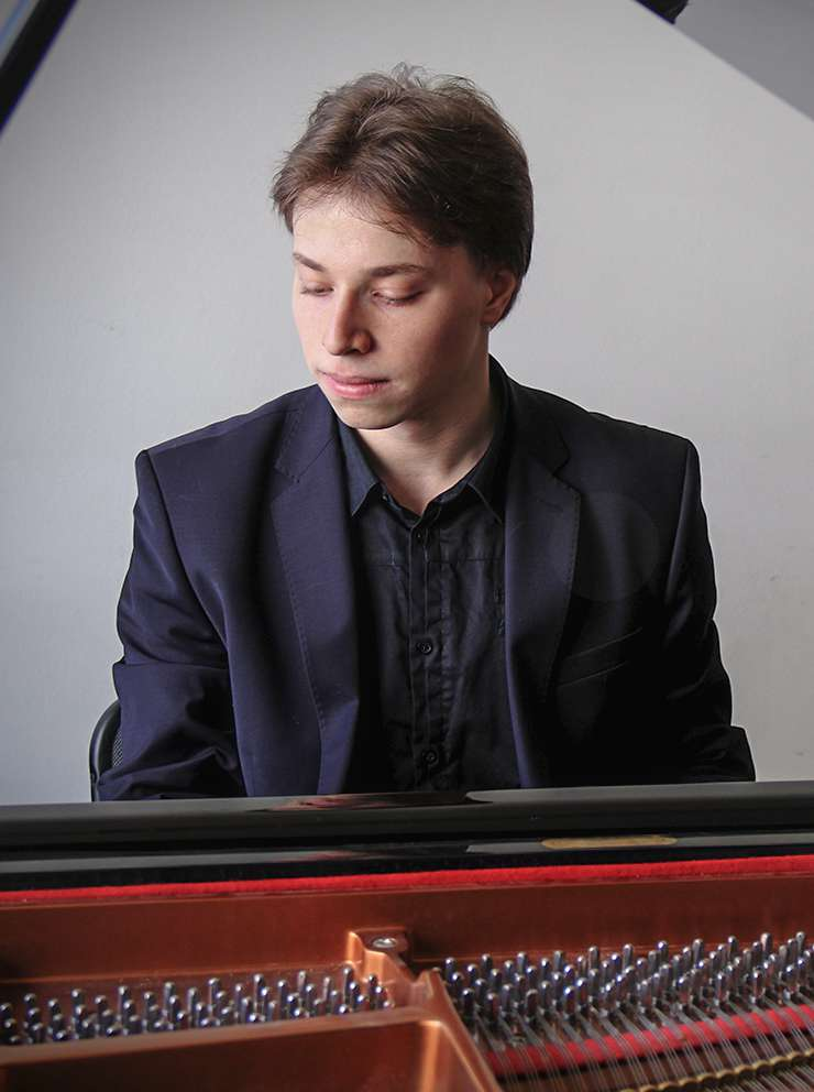 Ilya SHMUKLER